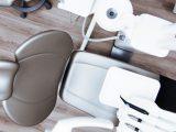 Fotel dentystyczny w gabinecie