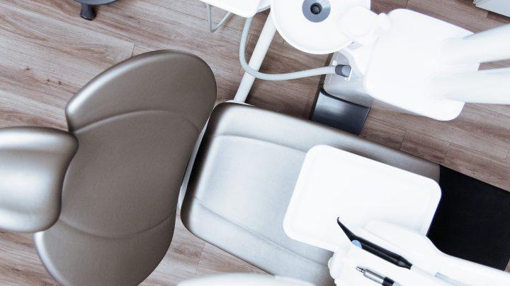 Zadbaj o estetykę swojego uśmiechu u dentysty