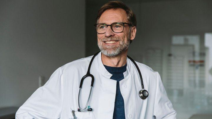 Prywatnie do specjalisty. Ile kosztuje prywatna wizyta u lekarza?